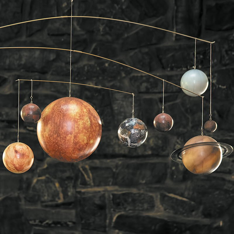 AUTHENTIC MODELS Planetenmobile